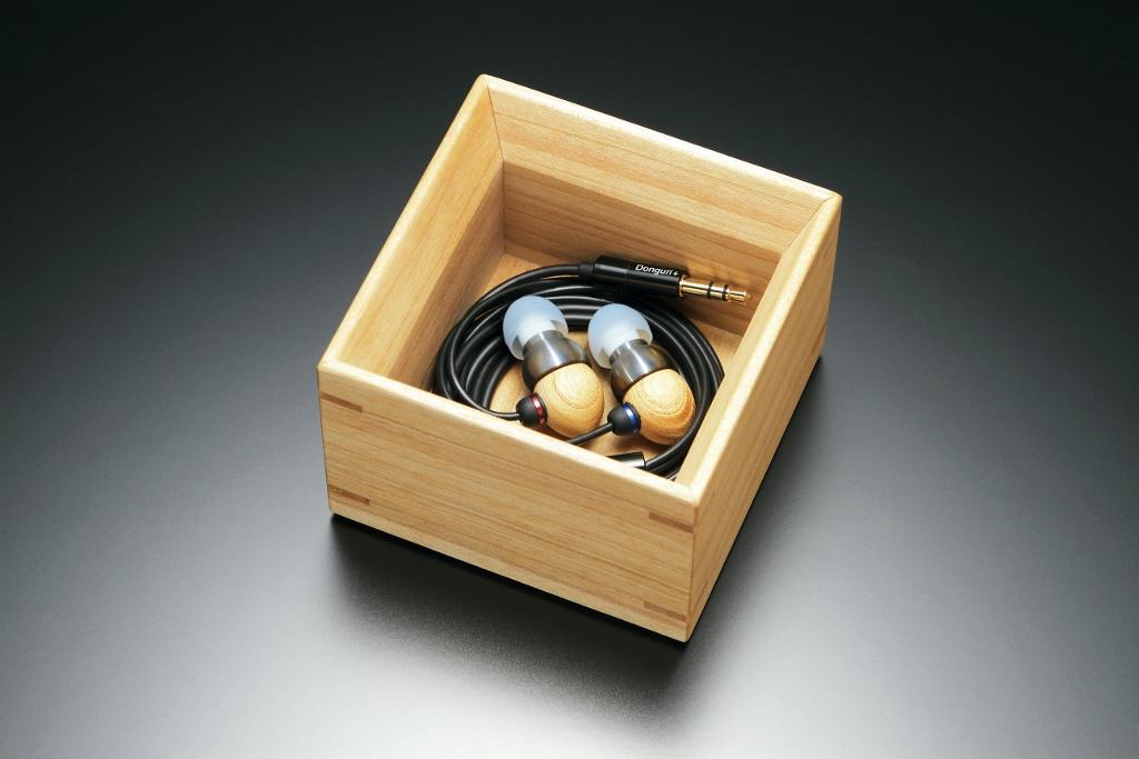 木製ケース (1024x683)